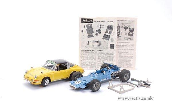 1015: Schuco Ford Racer and Porsche Sports Car
