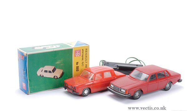 1019: KB (Vasileades Toys) No.860 Renault R8 Saloon