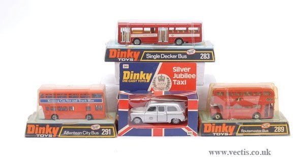 2004: Dinky - A Group of London Buses