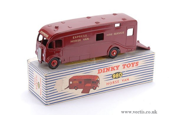 2014: Dinky No.980 Horse Box US Export Issue