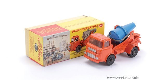 2016: Dinky No.960 Lorry Mounted Concrete Mixer