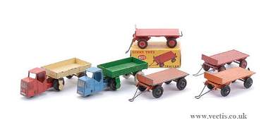 2128: Dinky No.25G Post-war Trailers x 4