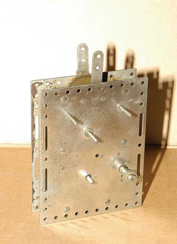 3018: Meccano No.2 Clockwork Meccano Motor