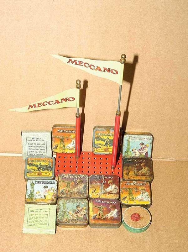 3021: Meccano Flags
