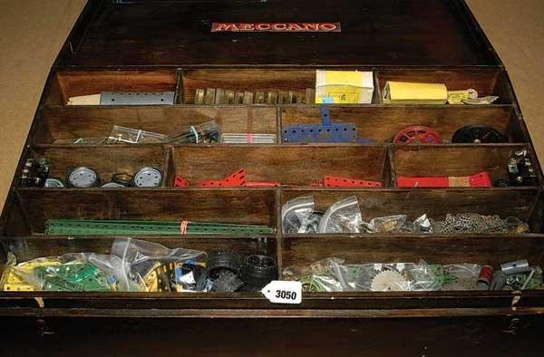 3050: Meccano - A Large Quantity of Parts & Literature