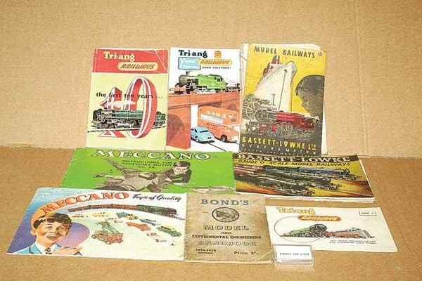 3070: Commercial Model Railway Catalogues