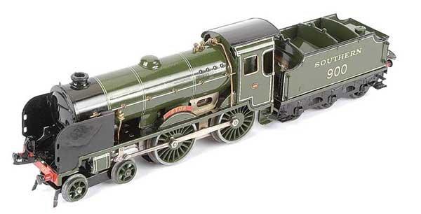 """3589: Hornby E420 4-4-0 """"Eton"""" No.900"""