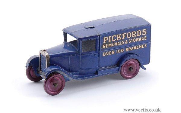 """13: Dinky Pre-war No.28B Delivery Van """"Pickfords"""""""