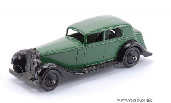 23: Dinky No.30C Daimler