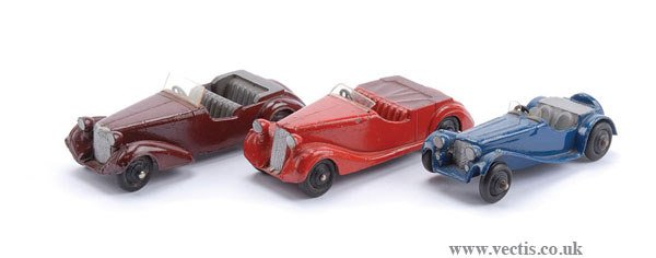 1006: Dinky - A Group of 38 Series Cars