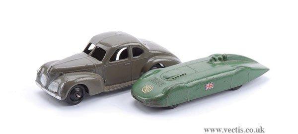 1008: Dinky MG Record Car & No.39F Studebaker