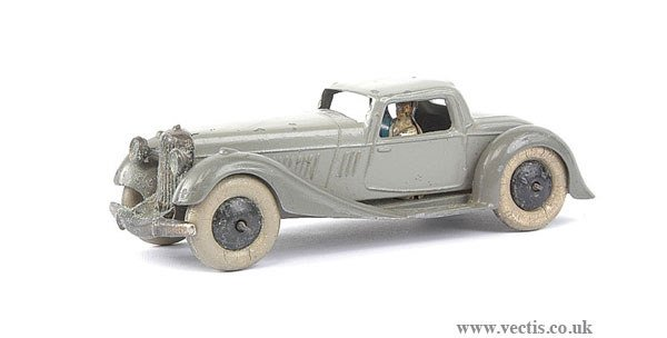1673: Dinky Pre-war No.36B Bentley Sports Coupe