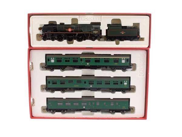 4002: Hornby R1043 BR (SR) Premier Set