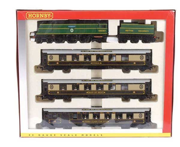 "4010: Hornby R2279M ""Thanet Belle"" Train Pack"