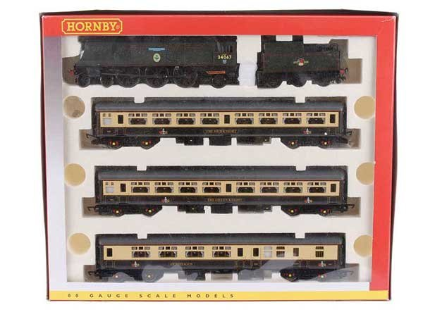 """4011: Hornby R2308M """"Excalibur Express"""" Train Pack"""