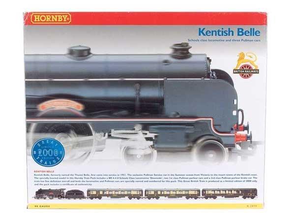 "4013: Hornby R2079 ""Kentish Belle"" Train Pack"
