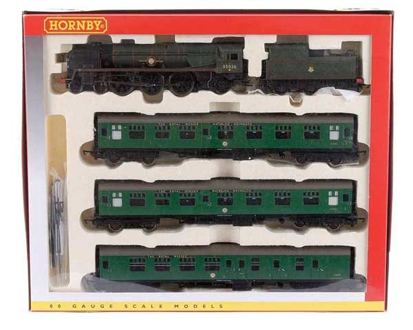 """4014: Hornby R2599M """"Royal Wessex"""" Train Pack"""