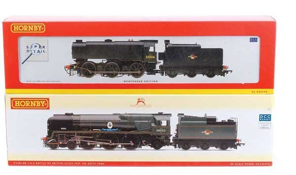 4019: Hornby (China) - A Pair of BR (SR) Steam Locos