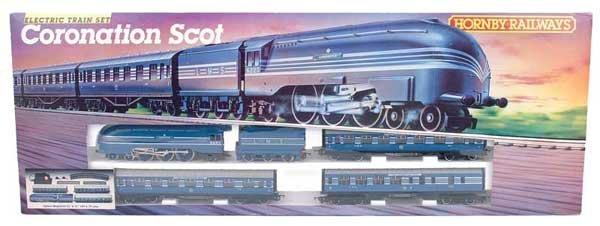 4101: Hornby Railways R836 Coronation Scot Train Set