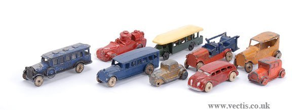 1005: Tootsietoy Bus & Others