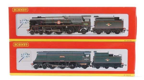 1001: Hornby 4-6-2 BR Green Bulleid Pacific Locos x 2