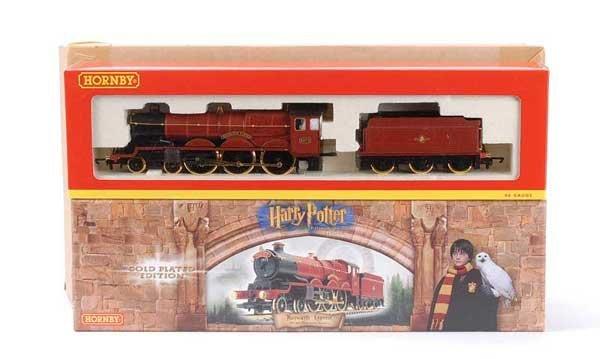 "1014: Hornby R2301 4-6-0 No.5972 ""Hogwarts Castle"""