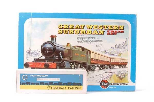 1023: Airfix Great Western Suburban Train Set