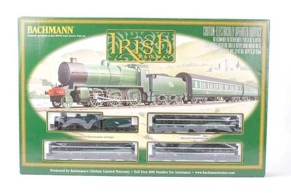 1024: Bachmann No.00651 Irish Railway Train Set