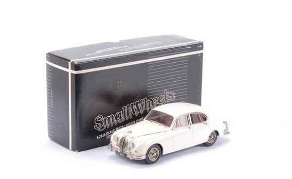 2004: Smallwheels Mk.2 Jaguar Saloon