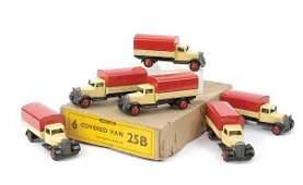 2555: Dinky No.25B Covered Wagon Trade Box
