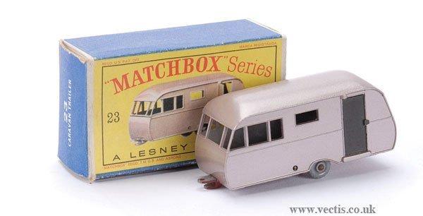 490: Matchbox No.23c Bluebird Dauphine Caravan