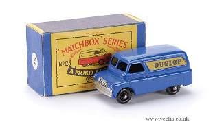 """524: Matchbox No.25a Bedford """"Dunlop"""" Van"""