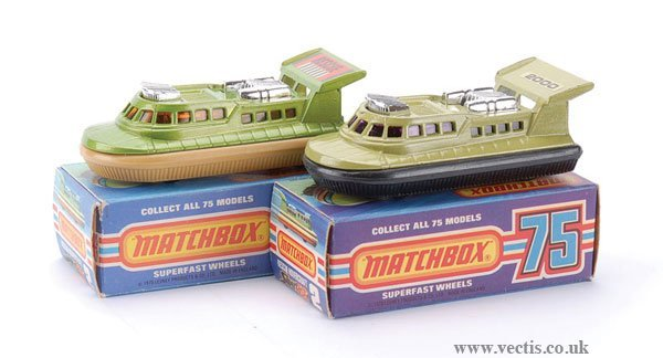 738: Matchbox Superfast No.2 Rescue Hovercraft