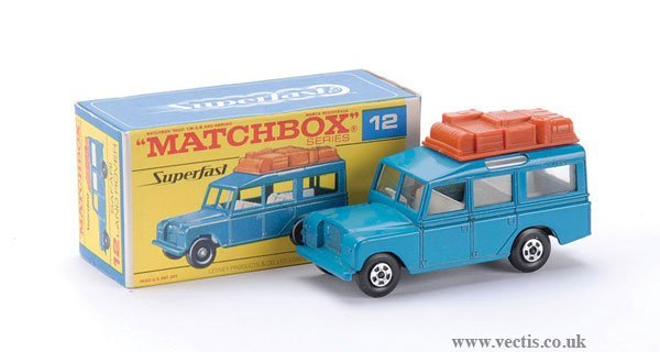 809: Matchbox Superfast No.12 Land Rover Safari
