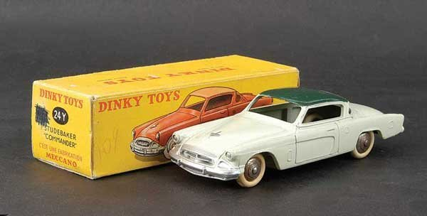 1421: French Dinky No.24Y Studebaker Commander
