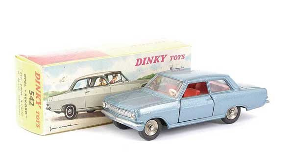 1422: French Dinky No.542 Opel Rekord