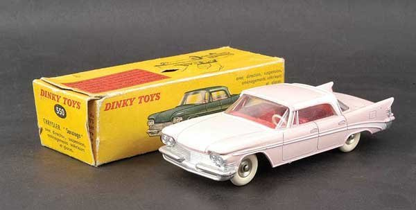 1424: French Dinky No.550 Chrysler Saratoga