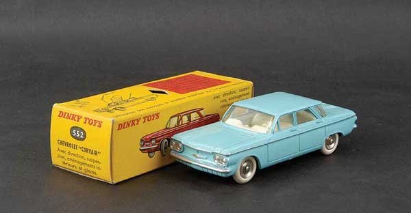 1426: French Dinky No.552 Chevrolet Corvair
