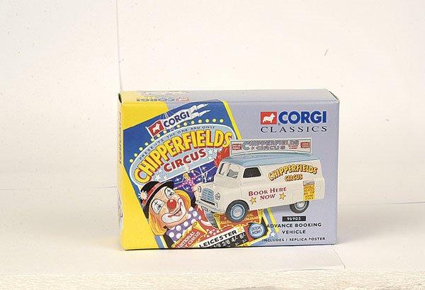 """4009: Corgi Classics No.96905 Bedford """"Chipperfield"""""""