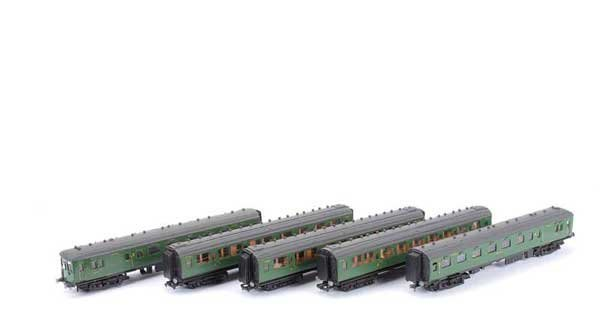 3367: Kitbuilt Southern Olive Green 5-car EMU