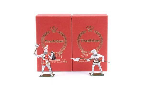23: Tradition - Design Master Proof figures Knights