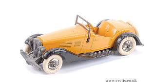 2392: French Dinky Pre-war No.24H 2-seater Sports Car