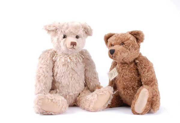 1008: Bears Paw Collectables James & Pearl Bears