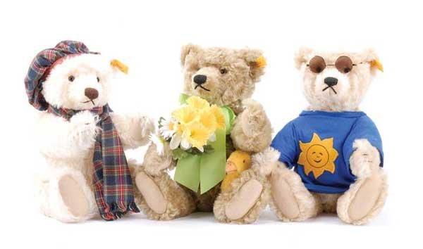"""1026: Steiff Danbury Mint 3 """"Four Seasons"""" Teddy Bears"""