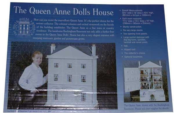 1223: Dolls House Emporium The Queen Anne Dolls House