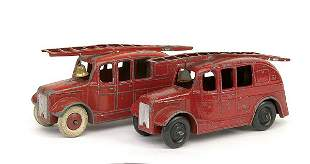 Dinky A pair of No.25H Streamlined Fire Engine