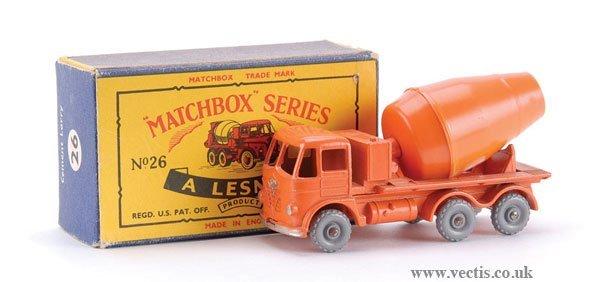 8: Matchbox No.26b-4 Foden Cement Mixer