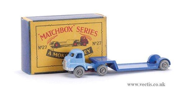 18: Matchbox No.27a-1 Bedford Articulated Low Loader