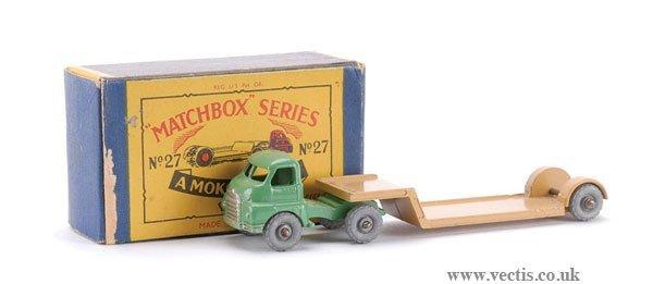 21: Matchbox No.27b-1 Bedford Articulated Low Loader