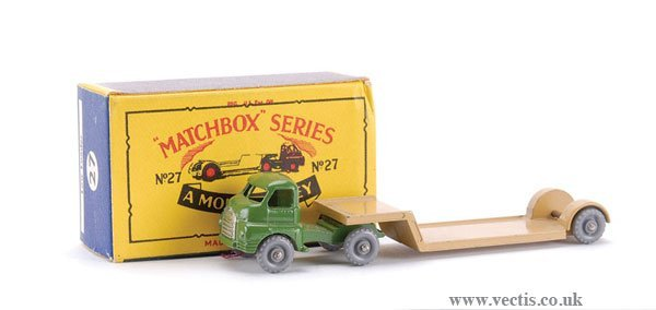 24: Matchbox No.26b-5 Bedford Articulated Low Loader